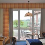 Businesszimmer mit Balkon (business room with balcony)